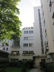 Immeuble de rapport (1928-1929) - 7 rue Méchain, Paris XIVe (Yvette G.) Tags: paris paris14 75 îledefrance architecture immeuble malletstevens années20
