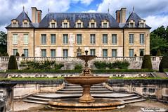 Château d'Auvers (didier95) Tags: chateaudauvers auverssuroise parcnaturelduvexin vexin valdoise architecture chateau vangogh impressionnisme monument iledefrance