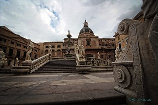 Palermo: Piazza Pretoria.