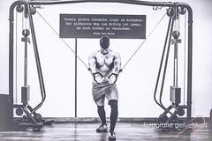 Motivation (Fotografie gefühlvoll) Tags: asiatisch motivation fittness sport bodybuilding