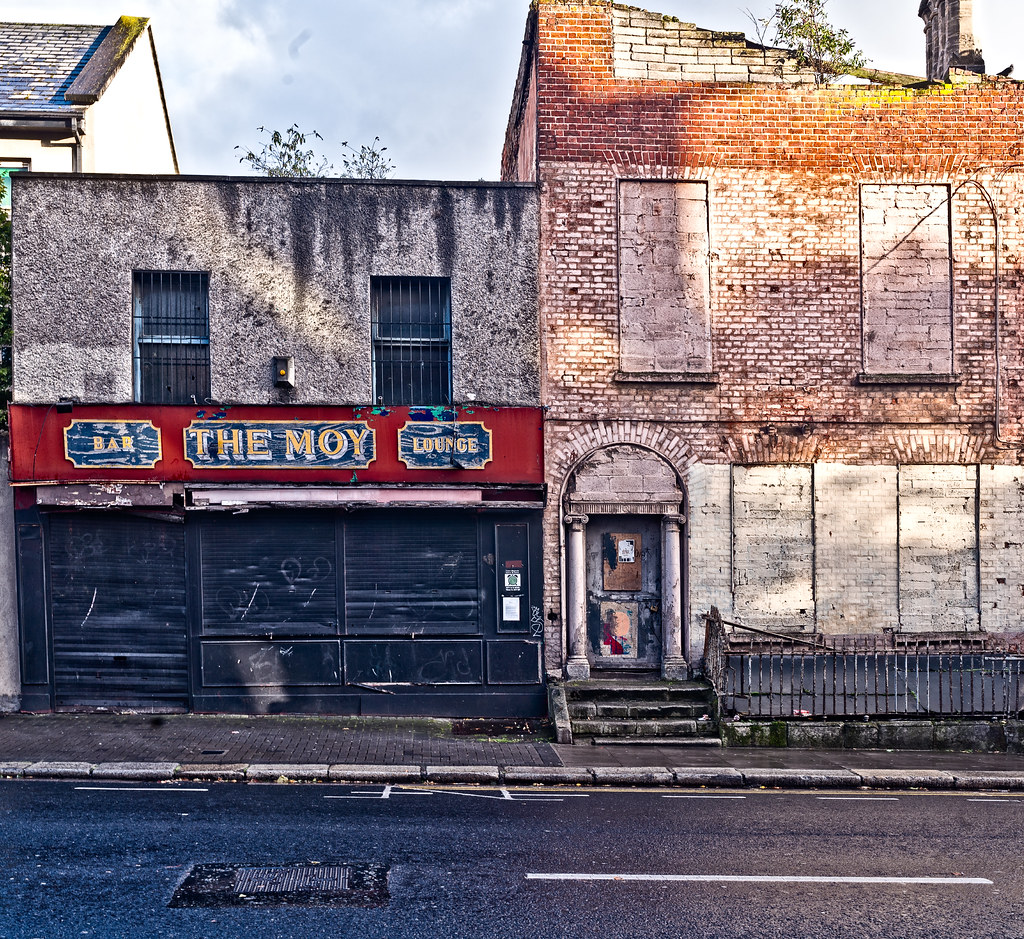 DERELICT SITE CONSISTING OF TWO BUILDINGS [ONE IS THE MOY PUB AND THE OTHER MAY BE OF HISTORIC IMPORTANCE]-133049