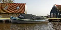Vlaardingervaart (kees torn) Tags: vlaardingen foppenplas broekpolder wateringen poeldijk gantel vlaardingervaart noordvliet gemeentewestland schipluiden motorboot