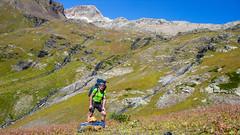 Zwijamy nasz obóz Marjanishvili ns 2700m. Tomek (to ja). (Tomasz Bobrowski) Tags: wspinanie mountains marjanishvilicamp gruzja kaukaz góry marjanishvili zeskhobasecamp caucasus georgia climbing