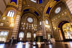 Cimitero Monumentale di Milano (Bruno Naredo) Tags: cimiteromonumentaledimilano milan milano italy italia canon canont3i 1018mm window light lights