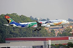 ZS-SXD (renanfrancisco) Tags: southafricanairways saa sa zssxd gru sbgr gruairport guarulhosairport aeroporto airport airlines aeropuerto airbus a340 a340300 airbusa340300 airbusa340 landing pouso morrinho spotting