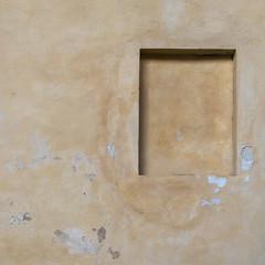 formes 44 (godelieve b) Tags: jaune yellow mur wall fenêtre window suspended ensuspens fermé closed twocolours