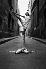 Cinderella in Paris (Sabrou Yves Photograff) Tags: dance ballerine ballet poésie shoes