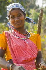 Baiga woman (wietsej) Tags: baiga woman maikal hills chhattisgarh india sony a100 zeiss sal135f18z 13518 sonnar13518za portrait