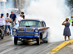 Good burnout (Thumpr455) Tags: southeastgassers finals shadysidedragway shelby nc october 2017 nikon d800 autoracing motorracing dragracing car auto automobile sport northcarolina good burnout 1956 chevy chevrolet gasser racetrack dragstrip afnikkor70200mmf28vrii smoke custompaint gridgirl woman