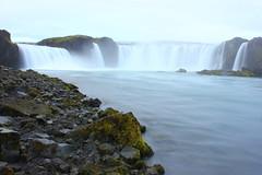 Goðafoss (Freyja H.) Tags: iceland northiceland nature outdoor landscape foss waterfall river glacialriver skjálfandafljót goðafoss mist water rock moss