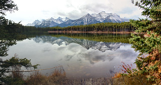 Herbert Lake, Banff National Park, Alberta - ICE(5)2324-38