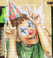 Happy face (Pensive glance) Tags: graffiti image painting wall mur mural streetrt artderue