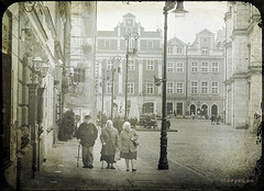 .. with Vintage Mood ... (MargoLuc) Tags: city square walking people poznan poland houses vintage treatment feeling monochrome misty morning bw architecture
