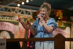 three-armed lady / Ein Prosit (kasa51) Tags: people woman beer oktoberfest yokohama japan オクトーバーフェスト横浜 乾杯 腕3本