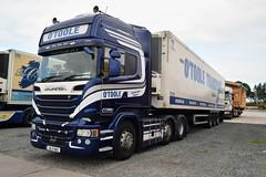 DSC_0014 (richellis1978) Tags: truck lorry hgv lgv cannock haulage transport logistics irl irish otoole r580 v8 161g4819