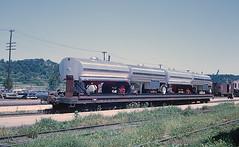 Interesting TOFC (railfan 44) Tags: santafe atsf burlington tofc