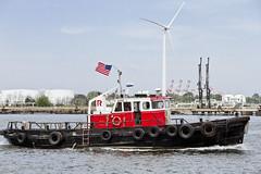 r_170921229_beat0057_a (Mitch Waxman) Tags: killvankull newyorkcity newyorkharbor statenisland tugboat newyork
