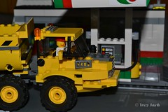Truck (293/365) (Tas1927) Tags: 365the2017edition 3652017 day293365 20oct17 lego minifigure minifig