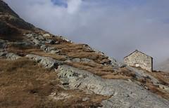 Col du Grand St-Bernard (bulbocode909) Tags: valais suisse coldugrandstbernard montagnes nature automne brume hospicedugrandstbernard nuages frontières