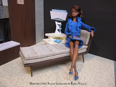 1:6th Scale Mid Century Modern Chaise Longue Lounge in Champagne Shantung (wpnschick) Tags: midcenturymodernminiature barbiefurniture midcenturymodern barbie silkstone barbierepro reproductionbarbie 16diorama diorama