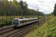 EN57 AP-1507 (Łukasz Draheim) Tags: polska poland pociąg pkp kolej nikon d5200 bydgoszcz landscapes landscape scenerie scenery railway railroad rail train transport