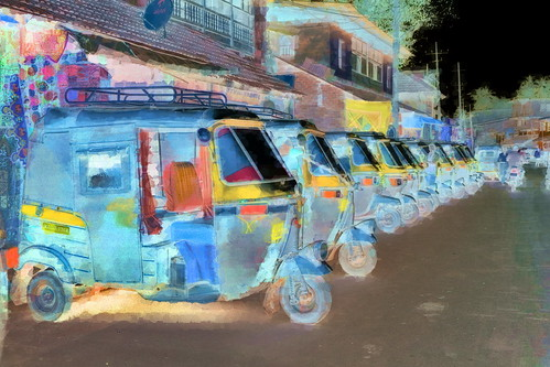 India - Karnataka - Gokarna - Auto Rickshaws - 2bb