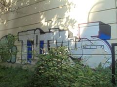 008 (en-ri) Tags: tots mus crew bianco blu rosso 2012 torino wall muro graffiti writing