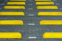 Parking with yellow stones
