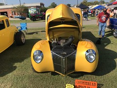 69F121A7-5471-4B5B-9061-380F38748107 (komissarov_a) Tags: annual crossroads russellmemoriallibrary classic carshow friends library 2017 lindale corvette camaro mustang ford packard dodge rolceroyce coolcars people makes models antique historical sunshine enthusiasts komissarova streetphotography canon 5dm3 mark3 rgb cadillac fun auto automobile ancient collectable old restored master hobby amazing road drivable ride gm beatle bug firebird thunderbird studebaker sale trade willys ww2 plymouth collectibles funny interesting мустанг форд шевроле виллис студебекер додж коллекционные автомобили texas harvest hustle iphone