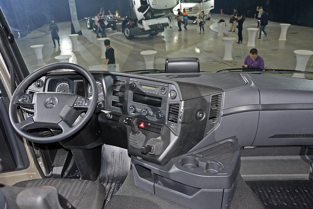 Actros-24