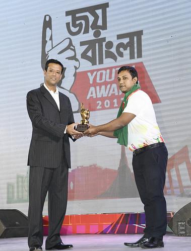 21-10-17-PM ICT Advisor Sajeeb Wazed Joy_Joy Bangla Youth Award-42