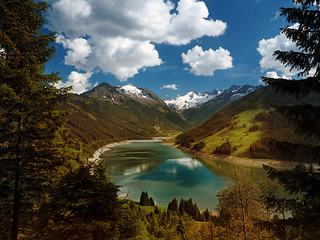Alps - the Durlassboden lake at the Gerlospass