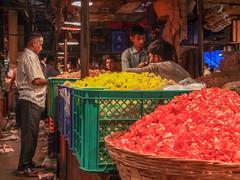 LR-008 (hunbille) Tags: india mumbai birgittemumbai32015lr dadar phool galli phoolgalli flower market bazaar bombay