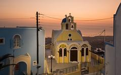 Twilight in Thira- Santorin (alexanderferdinand) Tags: griechenland santorin goldenestunde architektur canoneos5dmarkiv ef2470mmf28liiusm gitzo greece goldenhour