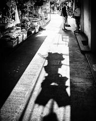 R0004050BW2.jpg (Latte D) Tags: hongkong sanp candid streetphotography mono bw blackwhite ricoh gr 28mm silvereffectpro