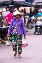 Market shopping (Stuart Jamieson Photography) Tags: hoian ancientcity markets people travel travelphotography vietnam wanderlust
