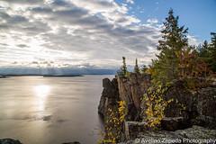 Sunrise at Devil's Rock (Avelino Zepeda) Tags: northeastern ontario canada haileybury temiskamingshores timiskaming lake avelinozepedaphotography avelinozepeda devilsrock