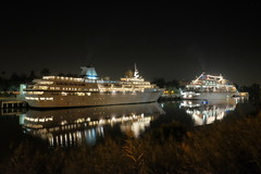 FXT18816 (Enrique Romero G) Tags: sevilla spain españa guadalquivir crucero cruceros aegean odyssey europa fujitx1 fujinon1024 noche night nocturna