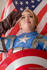 The Star Spangled (wo)Man With A Plan (dgwphotography) Tags: cosplay comicconn nycc nycc2017 newyorkcomiccon captainamerica marvel marvelcomics nikond500 50mmf18g