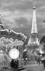 The photoshoot b&w (Rob McC) Tags: explored monochrome bw blackandwhite night light eiffeltower paris cityscape landscape culture photoshoot carousel