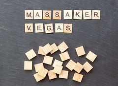 59 Menschen starben: Dramatisches Einsatzvideo zeigt Massaker in Las Vegas aus Sicht eines Polizisten (marcoverch) Tags: noperson keineperson text business geschäft sign schild paper papier desktop education bildung cube würfel display anzeigen symbol alphabet achievement leistung finance finanzen texture textur conceptual begrifflich abstract abstrakt illustration solution lösung shape gestalten accomplishment konzeptionell animals deutschland bicycle españa auto hair cityscape family la noiretblanc