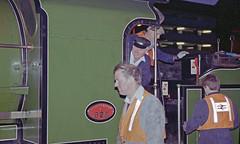 828 at Eastleigh, 10 Oct 1993 (Ian D Nolan) Tags: night dark railway railtour station eastleighstation 35mm epsonperfectionv750scanner 828 s15 460z lswr sr