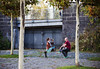 (graveur8x) Tags: man woman couple date drink beer girl city candid street streetphotography frankfurt germany strase deutschland mann frau alcohol urban bench autumn colours canon canoneos6d tamron ff ffm people outdoor stadt hessen tamronspaf70300f456divcusd