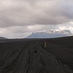 Road towards Herðubreið thumbnail