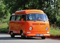 CAH 421K (Nivek.Old.Gold) Tags: 1971 volkswagen dormobile camper 1584cc earlybay