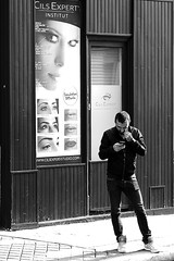 Under the gaze (pascalcolin1) Tags: paris homme man yeux eyes femme woman office regard gaze photoderue streetview urbanarte noiretblanc blackandwhite photopascalcolin