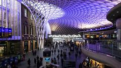 King's Cross Concourse (Tony Pringle) Tags: kingscross rail railway station concourse london transport architecture openspace mezzanine