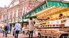 Noten (Leuke Winkels) Tags: noten kraam rijswijk zaterdag straat winkelstraat