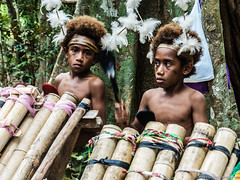 IWR-Vanuatu-Espirito-Santo-120817-611 (Ivan Wong Rodenas) Tags: southpacific vanuatu island islands isla poeple islanders dog mare ocean sea church landscape outdoor twins ivanwongrodenas ivan iwr siblings brothers