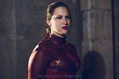 SP_67182-4 (Patcave) Tags: friday dragon con dragoncon 2017 dragoncon2017 cosplay cosplayer cosplayers costume costumers costumes shot comics comic book scifi fantasy movie film legend seeker kahlan emnell mother confessor warrior white sword truth mordsith